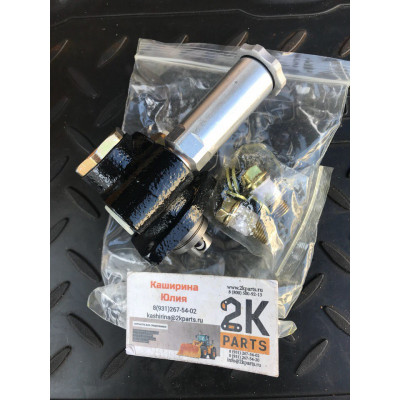 DK105220-5960 насос подкачки komatsu s6d102